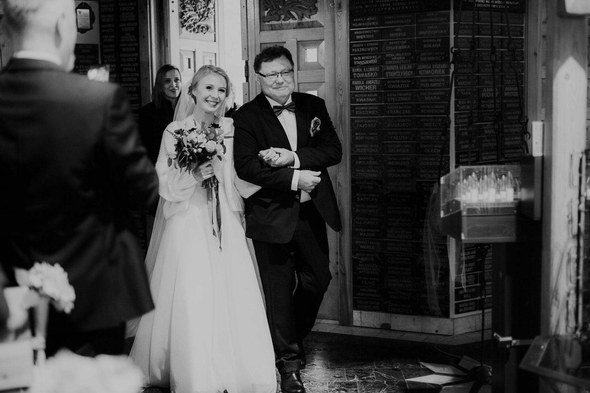 slub-wesele-wroclaw-mieszko-i-jagienka-wedrowny-fotograf